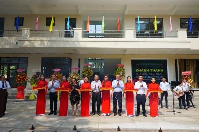 Nhiều nghệ sĩ nổi tiếng dự lễ Khánh thành Nhà học thực hành Trường Đại học Văn hóa TP.HCM