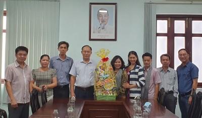 Đoàn công tác Sở Văn hóa, Thể thao và Du lịch tỉnh Bến Tre thăm và chúc Tết Trường Đại học Văn hóa TP.HCM
